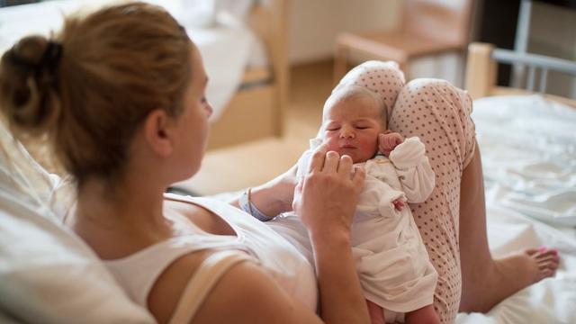 Sướng như sinh con ở Phần Lan: Cha mẹ được nhận hộp quà tới 63 món cho trẻ sơ sinh, nghỉ thai sản 164 ngày mỗi người - Ảnh 3.