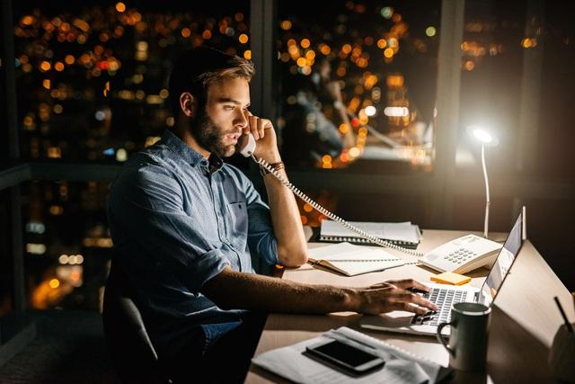 Nhân viên có tâm, lo cho công ty là người biết nghỉ phép: Làm hùng hục, tăng ca không phải lúc nào cũng tốt! - Ảnh 1.