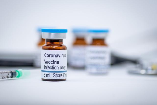 Bên trong cuộc đua điều chế vắc-xin cho Covid-19: Những công nghệ mới, quy trình mới và kỷ lục mới - Ảnh 1.