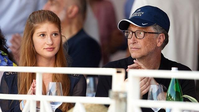 Jennifer Gates - người con gái cả vừa tuyên bố đính hôn của tỷ phú Bill Gates có cuộc sống như thế nào? - Ảnh 1.