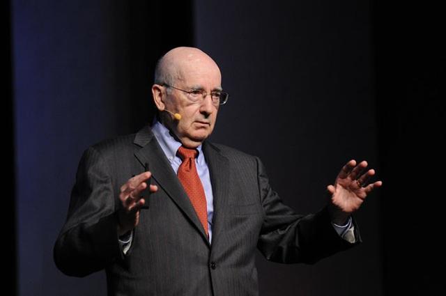 Bậc thầy marketing Philip Kotler chỉ ra 3 sai lầm tiếp thị các công ty thường gặp phải khi kinh tế hỗn loạn - Ảnh 1.