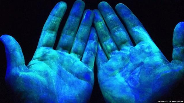 Phòng Covid-19: Đừng quên lau khô nếu không muốn việc rửa tay trở thành công cốc - Ảnh 2.
