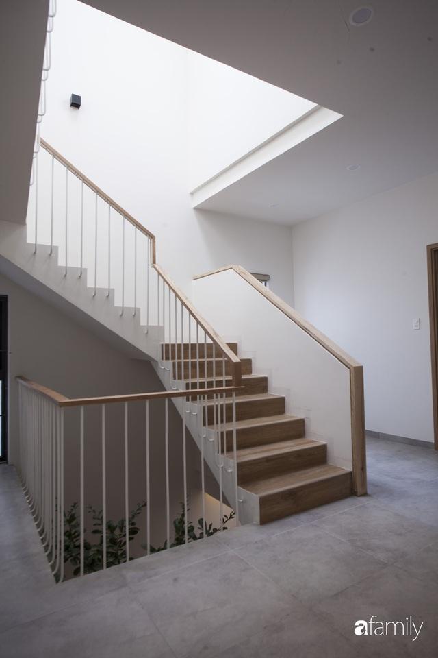 Ngôi nhà 2,5 tầng được áp dụng phong cách tối giản ở Đà Nẵng - Ảnh 12.