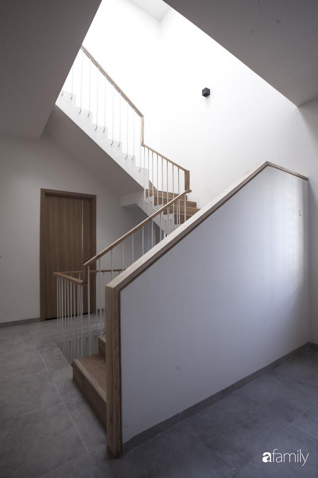 Ngôi nhà 2,5 tầng được áp dụng phong cách tối giản ở Đà Nẵng - Ảnh 13.