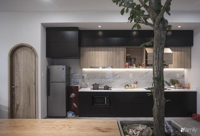 Ngôi nhà 2,5 tầng được áp dụng phong cách tối giản ở Đà Nẵng - Ảnh 7.
