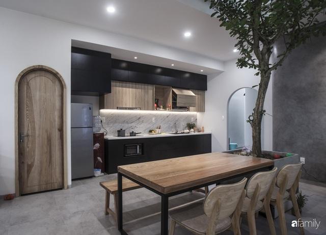 Ngôi nhà 2,5 tầng được áp dụng phong cách tối giản ở Đà Nẵng - Ảnh 8.
