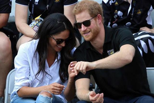 Nỗi buồn ít ai biết của Công nương Kate sau rạn nứt hoàng gia và Hoàng tử Harry lần đầu trải lòng về sự ra đi đột ngột - Ảnh 2.