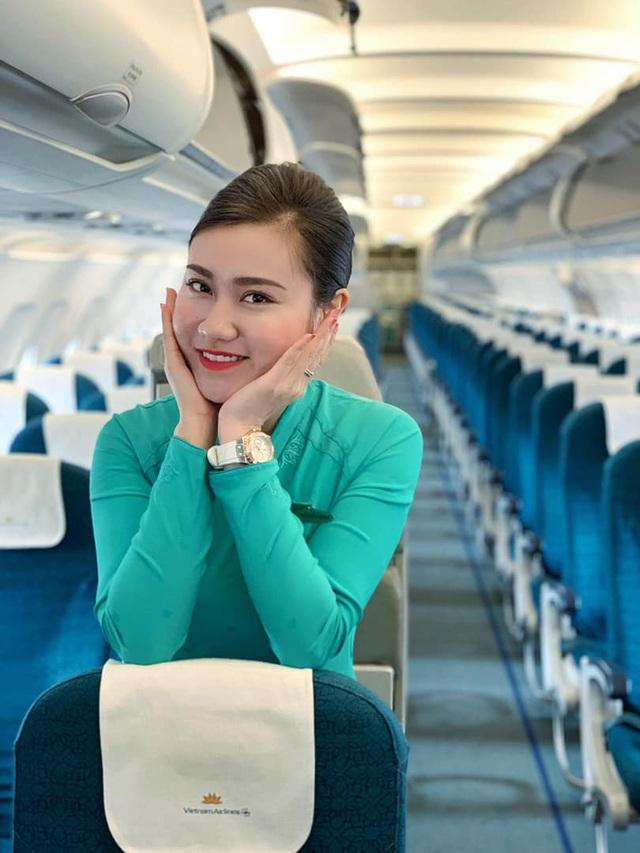Quyết không nghe mẹ xin nghỉ làm mà vẫn cùng đồng đội bay thẳng vào tâm dịch Covid-19 đón đồng bào về, nữ TVHK Vietnam Airlines: Con không nghỉ được, và sẽ không nghỉ trừ khi điều kiện sức khoẻ của mình không đủ để đi bay - Ảnh 3.