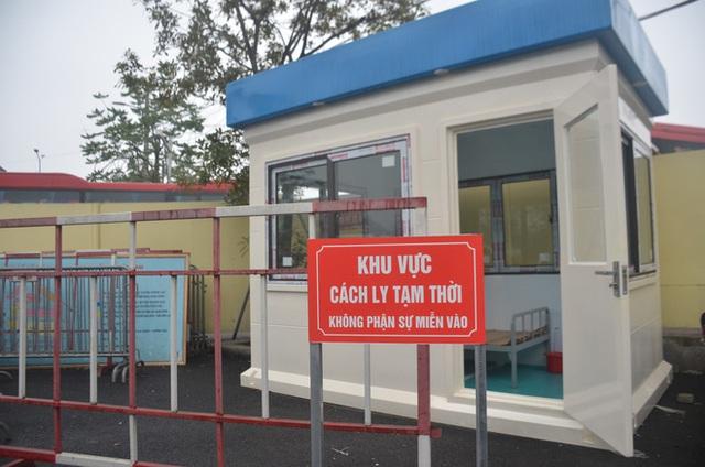 Bến xe ở Hà Nội vắng tanh vì ảnh hưởng của dịch Covid-19, nhà xe ra tận đường chèo kéo khách - Ảnh 16.