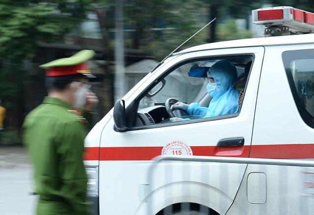 Cận cảnh khu cách ly tập trung có sức chứa 4000 người ở Hà Nội - Ảnh 12.