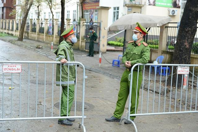 Cận cảnh khu cách ly tập trung có sức chứa 4000 người ở Hà Nội - Ảnh 4.