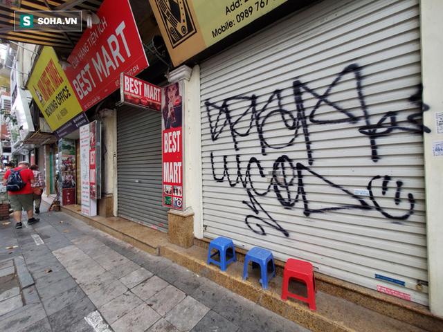 """""""Căng mình"""" chống đỡ Covid-19 không thành, hàng loạt văn phòng tour ở Hà Nội đóng cửa - Ảnh 5."""
