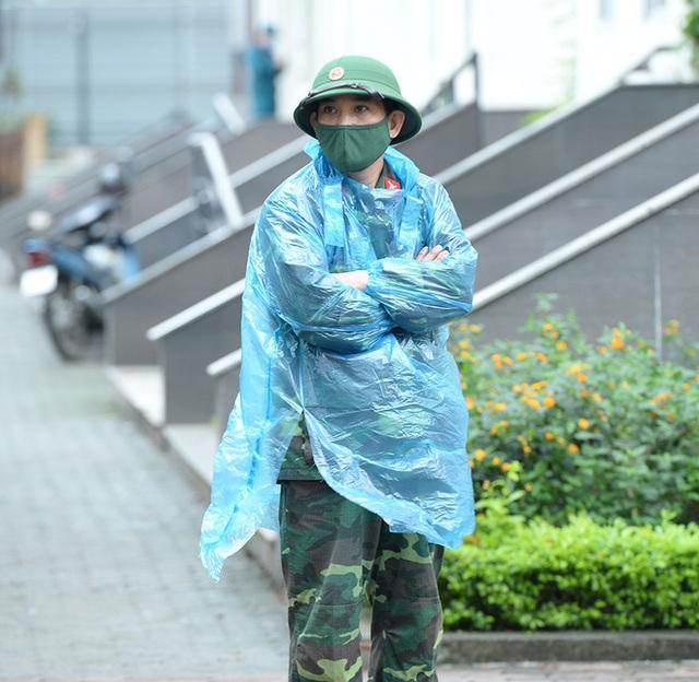 Cận cảnh khu cách ly tập trung có sức chứa 4000 người ở Hà Nội - Ảnh 5.