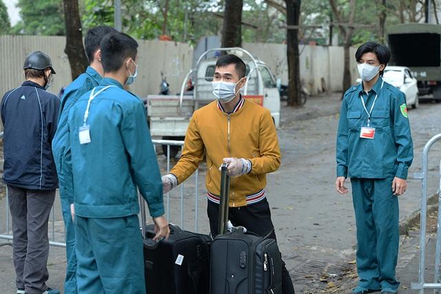 Cận cảnh khu cách ly tập trung có sức chứa 4000 người ở Hà Nội - Ảnh 7.