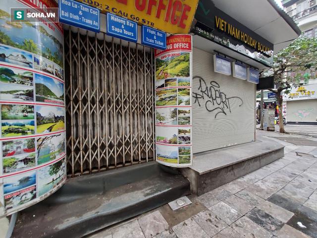 """""""Căng mình"""" chống đỡ Covid-19 không thành, hàng loạt văn phòng tour ở Hà Nội đóng cửa - Ảnh 9."""