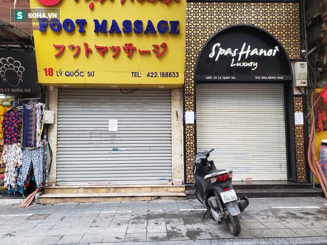 """""""Căng mình"""" chống đỡ Covid-19 không thành, hàng loạt văn phòng tour ở Hà Nội đóng cửa - Ảnh 10."""