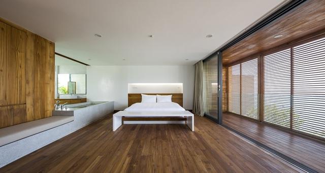 Biệt thự nghỉ dưỡng hình hộp gỗ trên ngọn đồi hướng biển ở Nha Trang - Ảnh 12.