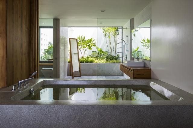 Biệt thự nghỉ dưỡng hình hộp gỗ trên ngọn đồi hướng biển ở Nha Trang - Ảnh 8.