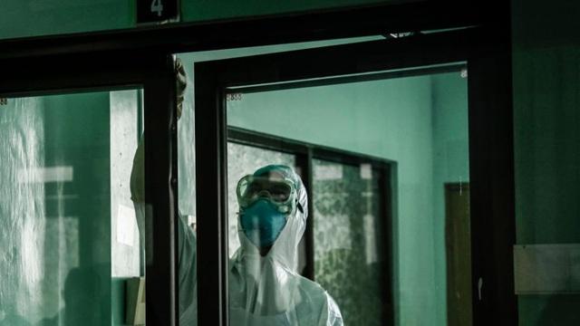 Bạn trai tôi qua đời ở Vũ Hán: Nhật kí đẫm nước mắt của cô gái bất lực nhìn người yêu mình tử vong trong đại dịch virus corona - Ảnh 4.