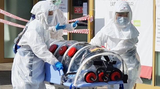 Chỉ 10 phút cởi bỏ khẩu trang, nữ sinh Hàn Quốc bị lây nhiễm Covid-19 từ người bệnh và trải nghiệm đau đớn: Tôi cảm giác như ruột bị xé toạc - Ảnh 4.