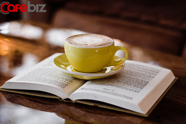 Đọc nhiều sách hay là lối tắt đi tới thành công: Tài nguyên vật chất quyết định sự tự tin, tài nguyên tinh thần quyết định phương hướng chính xác! - Ảnh 1.