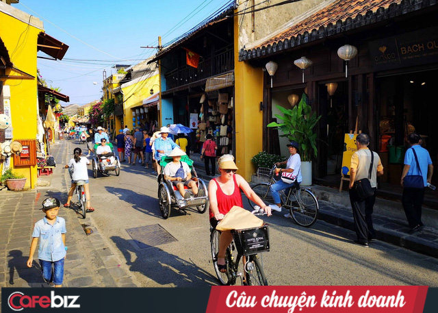 Khách lưu trú tại các khách sạn giảm 60%, ngành du lịch Việt Nam thiệt hại khoảng 7 tỷ USD vì dịch Covid-19, làm gì để kéo khách trở lại? - Ảnh 2.