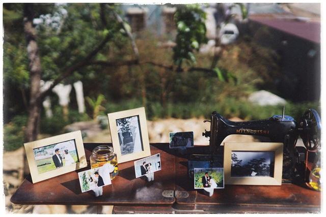 Độc đáo đám cưới tự tay làm hết của cặp đôi sống tối giản Đà Lạt: Cho khách ngồi lên rơm, đến chung vui còn có quà handmade mang về - Ảnh 5.