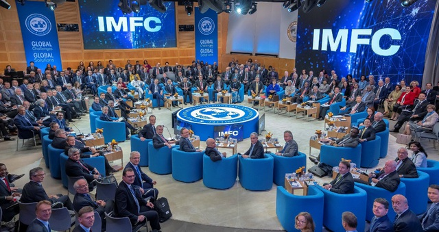 IMF tung gói hỗ trợ 50 tỷ USD hỗ trợ các quốc gia bị ảnh hưởng bởi Covid-19, giảm dự báo tăng trưởng kinh tế thế giới - Ảnh 1.
