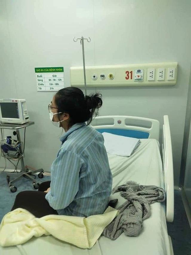 Nữ bệnh nhân nhiễm Covid-19 có biểu hiện stress vì đọc thông tin cộng đồng mạng bày tỏ thái độ giận dữ với mình - Ảnh 5.