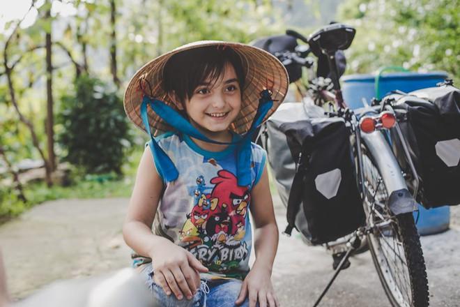 Cung đường tình yêu 'đạp xe từ nhà anh về nhà em' của chàng trai Pháp và cô gái Việt: 6 tháng đi qua 12 nước 8