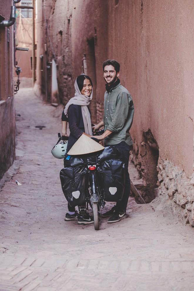 Cung đường tình yêu 'đạp xe từ nhà anh về nhà em' của chàng trai Pháp và cô gái Việt: 6 tháng đi qua 12 nước 6