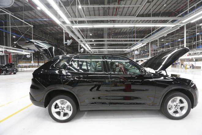 vinfast - bu8a7619 15579628714481538800706 - Hé lộ hình ảnh bên trong nhà máy sản xuất ô tô sắp khánh thành của VinFast