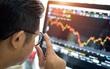 Giám sát chặt nhóm cổ phiếu giao dịch bất thường