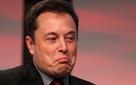 Nhân viên bị sa thải tố Tesla chơi xấu, không báo trước, cho thôi việc qua điện thoại và email