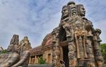 Một khu quần thể Angkor Wat nhái giống y như thật vừa được hoàn thành ở Nam Ninh, Trung Quốc