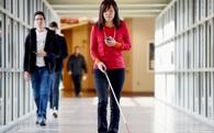 """Người khiếm thị sẽ sớm có thể """"nhìn"""" nhờ 3 công nghệ sau"""
