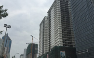 1 km cõng 40 tòa chung cư cao tầng, đường Lê Văn Lương đang ngộp thở (Kỳ 1)