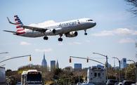 Vì sao Qatar Airways chi 2,4 tỉ USD mua cổ phần American Airlines?