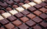 Nghiên cứu cho thấy ăn socola càng nhiều càng tốt cho tim mạch