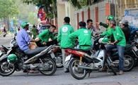 Báo Mỹ nói gì về hiện tượng sinh viên Việt Nam tốt nghiệp đại học lại đi chạy xe ôm kiếm 5 triệu mỗi tháng?
