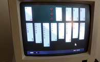Tựa game xếp bài huyền thoại Solitaire hồi sinh trên đĩa mềm floppy disk, chỉ chạy được trên MS-DOS