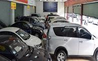 Đại gia ô tô lỗ nặng: Đóng showroom, đi bán nước ngọt, quần áo