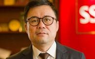 Giám đốc Nhật cúi đầu như bà bán bún cho con nít kẹo