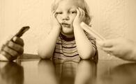 Đừng ngộ nhận, làm hỏng con trẻ không phải công nghệ mà chính là bố mẹ