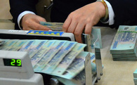 Thủ tướng: Yêu cầu ngân hàng giảm lãi suất cho vay để doanh nghiệp dễ dàng tiếp cận tín dụng