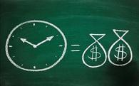 """Dùng tiền bạc để… """"mua thời gian"""""""