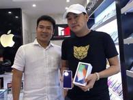 """Đây là người đầu tiên mua iPhone X giá 68 triệu tại Việt Nam: """"Tôi chỉ muốn sở hữu trước người khác, tiền bạc không quan trọng"""""""