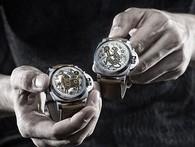 Bộ sưu tập đồng hồ chạm khắc thủ công mang biểu tượng của năm Mậu Tuất được chế tác cầu kỳ đến mức nào?