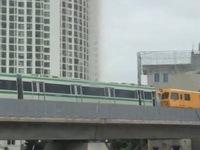 Trầm trồ khi thấy đoàn tàu trên cao Cát Linh - Hà Đông vận hành