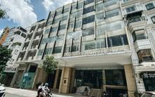 Chùm ảnh: Khách sạn ở trung tâm Sài Gòn ngừng hoạt động, rao bán vì ngấm đòn Covid-19